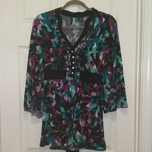 New Directions abstract print bell sleeve top Sz M